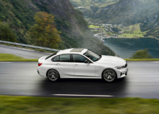 BMW 318i Sedan