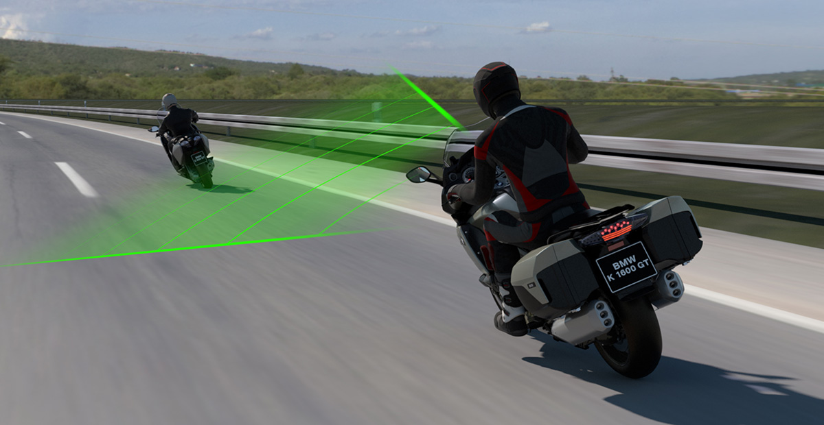 BMW will Add Adaptive Cruise Control in Motorcycle