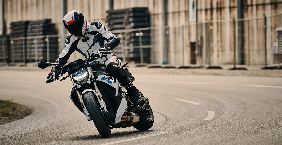 New BMW S 1000 R