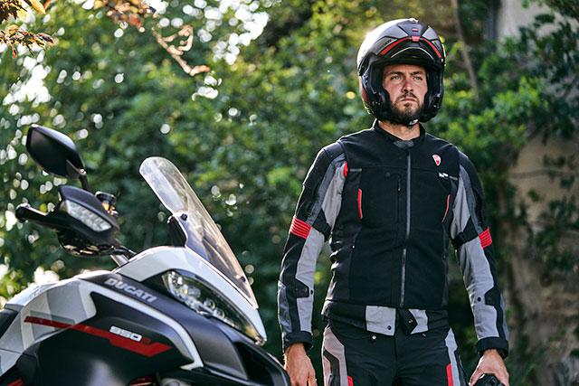 Ducati x Dainese Smart Jacket